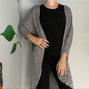 3/20$Grey knit cardigan long winged sleeve